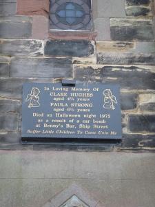 Memorial, docks
